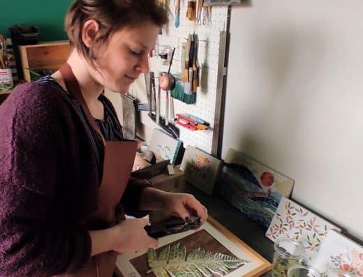 lauriane Maussion LM Atelier Mosaïque photo de lauriane dans son atelier